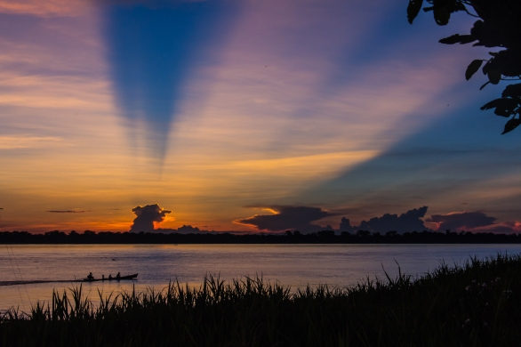 Sunset at the Amazon © Katharina Sunk