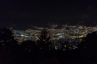 Medellin by night © Katharina Sunk