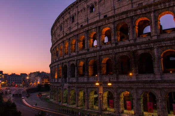 Sunrise at the Colosseum © Katharina Sunk