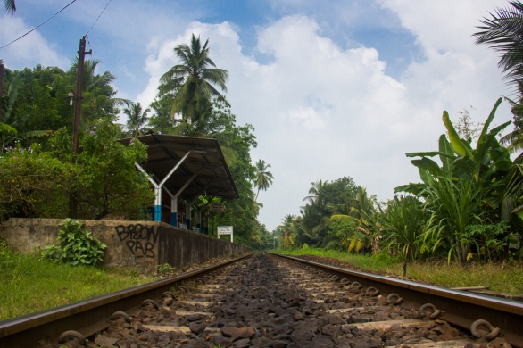 Unawatuna train station © Katharina Sunk
