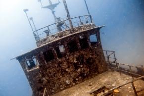 Wreck dive at Barefoot Manta © Katharina Sunk